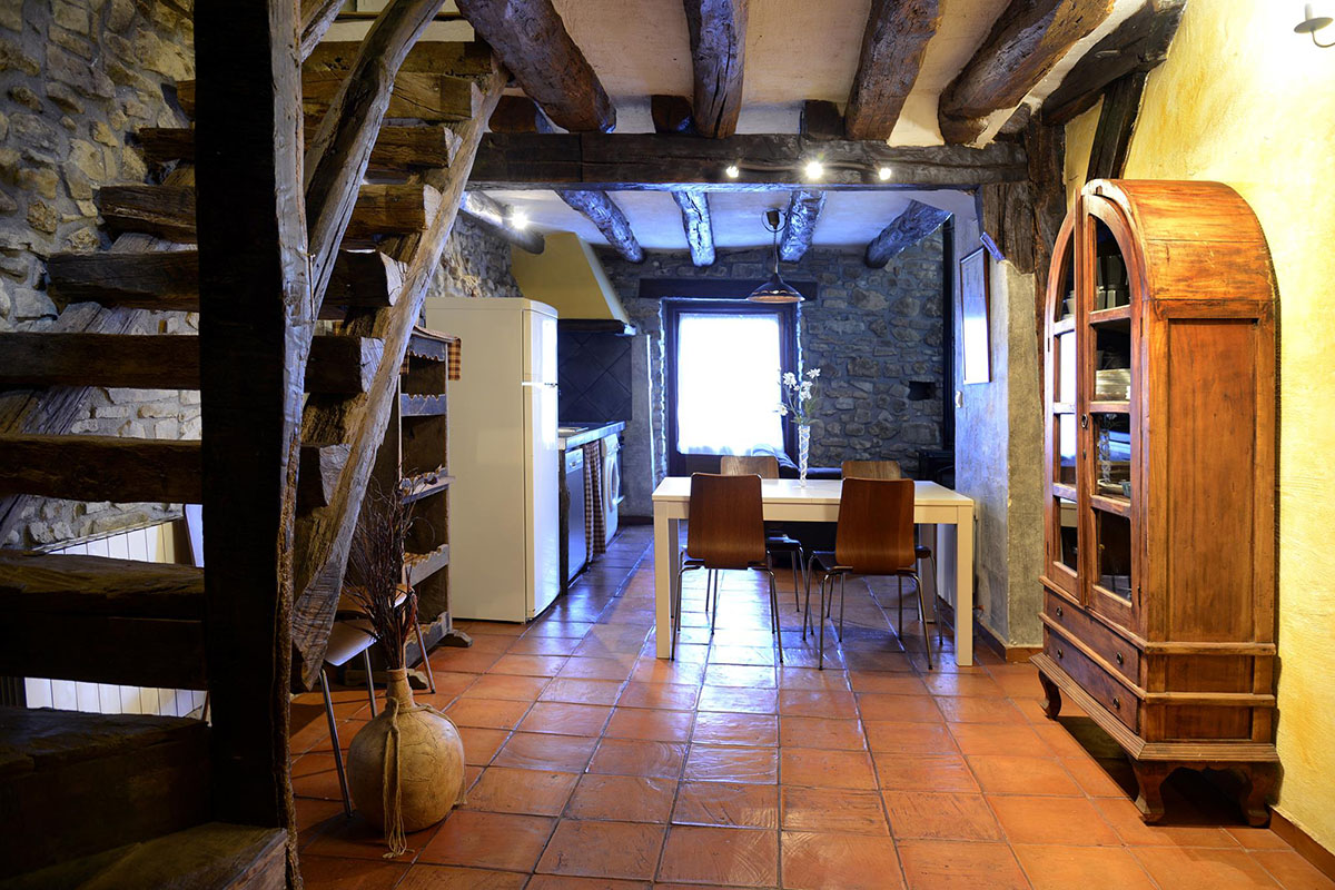 Alluitz: Sala-Cocina